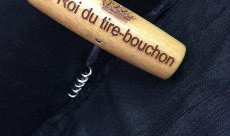 DIAM Laser Gravure sur bois Lyon, tire bouchon personnalisé avec une gravure