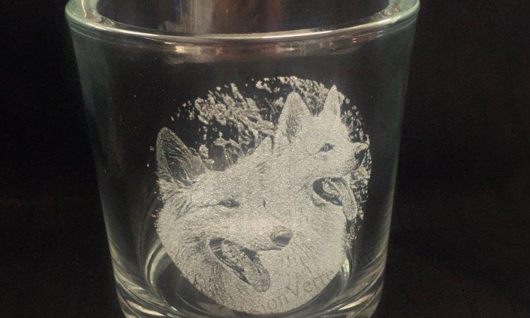 DIAM Laser Gravure sur verre Lyon, bougeoir personnalisé avec une gravure, photo gravé