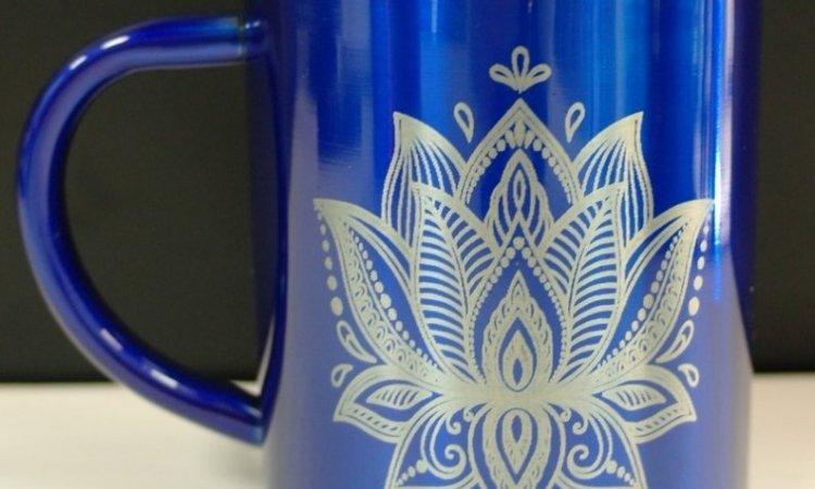 DIAM Laser Gravure sur inox Lyon, mug personnalisé avec une gravure